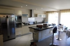 Ref 11 2310L Appartement en viager occupé à Saint Tropez